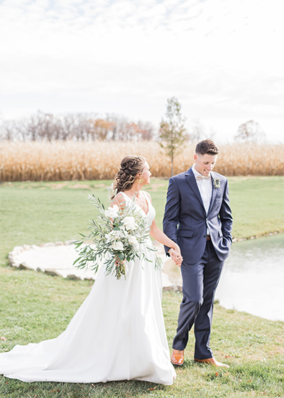 Deep-Creek-Lake-Maryland-Wedding-Photographer-White-Barn-Lucas-Farm