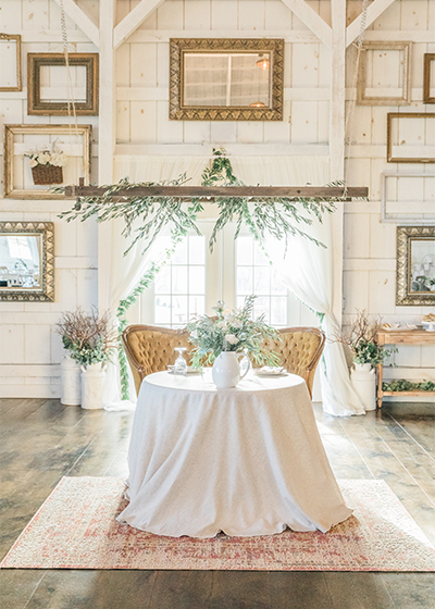 white-barn-lucas-farm-deep-creek-lake-maryland-wedding-photographer