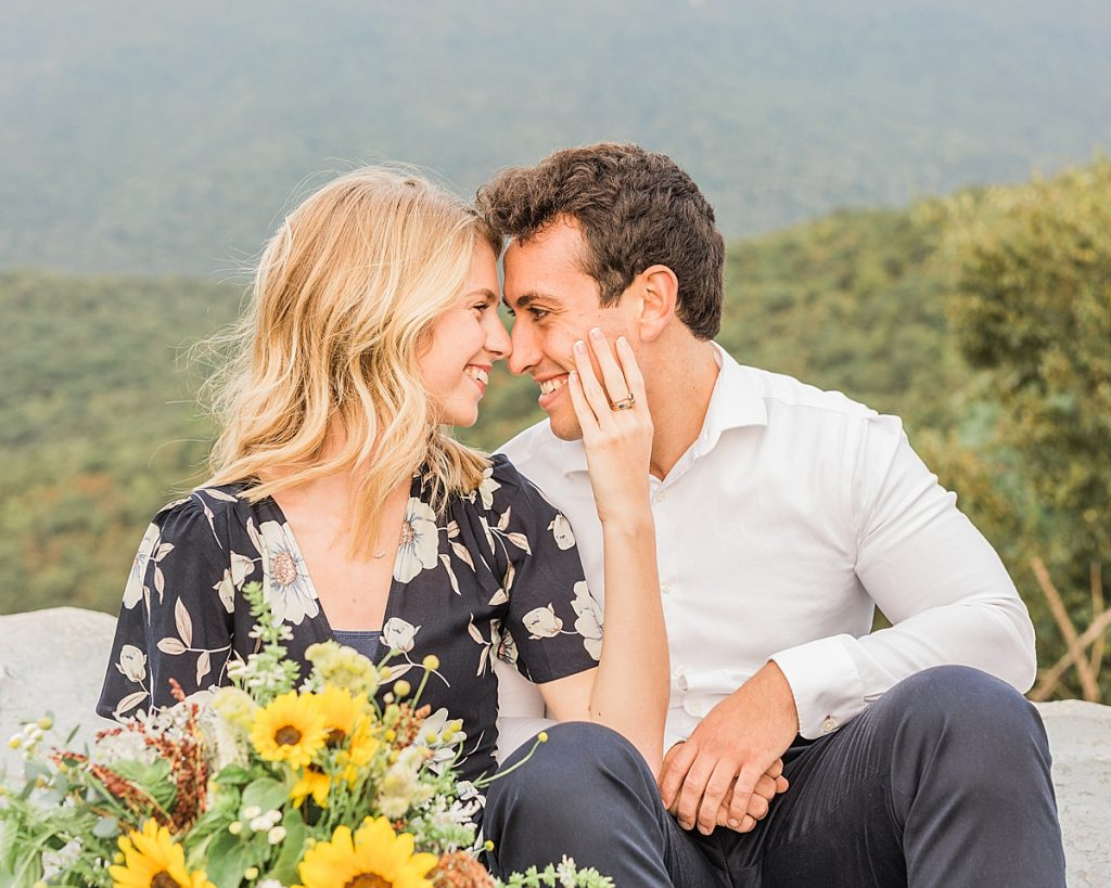 Cowans Gap State Park - Carlisle Pennsylvania Photographer - Central Pennsylvania Photographer - Sunflower Bouquet - Summer Outfits For Couples Photos
