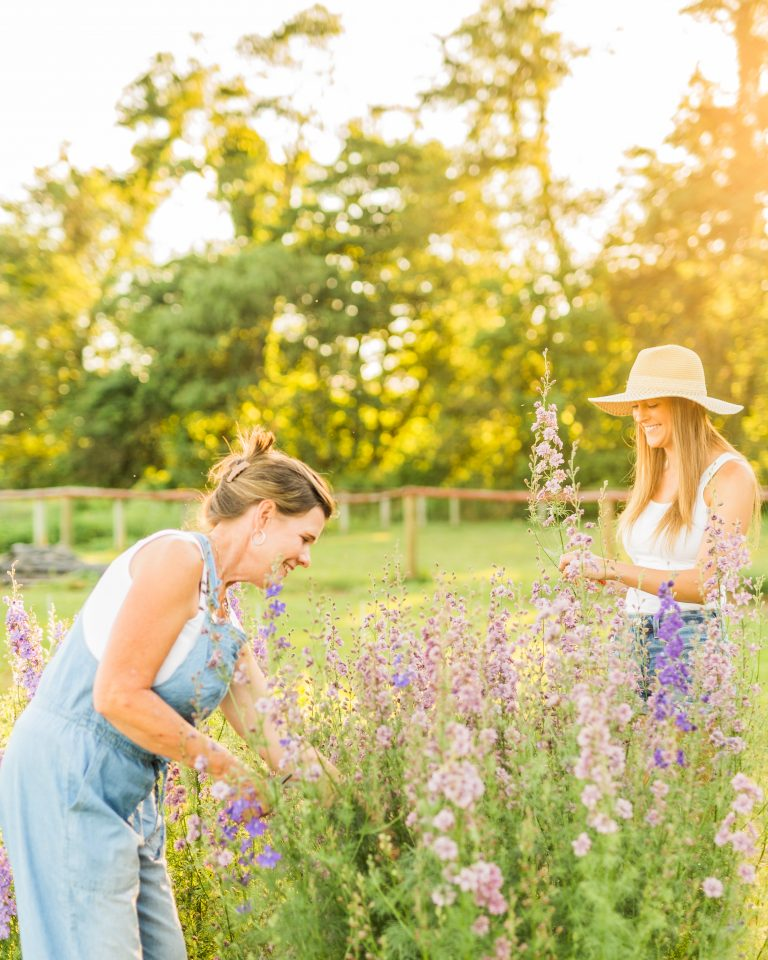 Olivine Fox - Hiddenvale Flowers - Maryland Wedding Florist - Carroll County Maryland Wedding Vendor - Floral Design.5